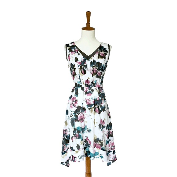 Modcloth Dresses & Skirts - Floral Print Dress